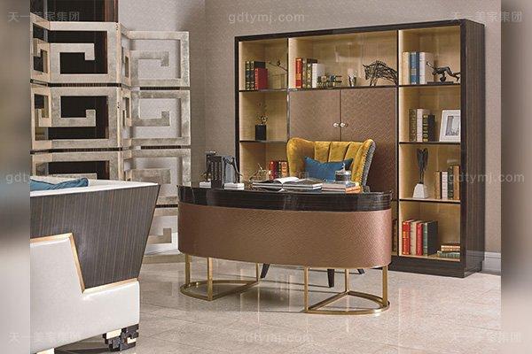 高端豪宅轻奢蓝冠注册品牌书房后现代轻奢实木蓝冠注册五金书柜书桌椅组合