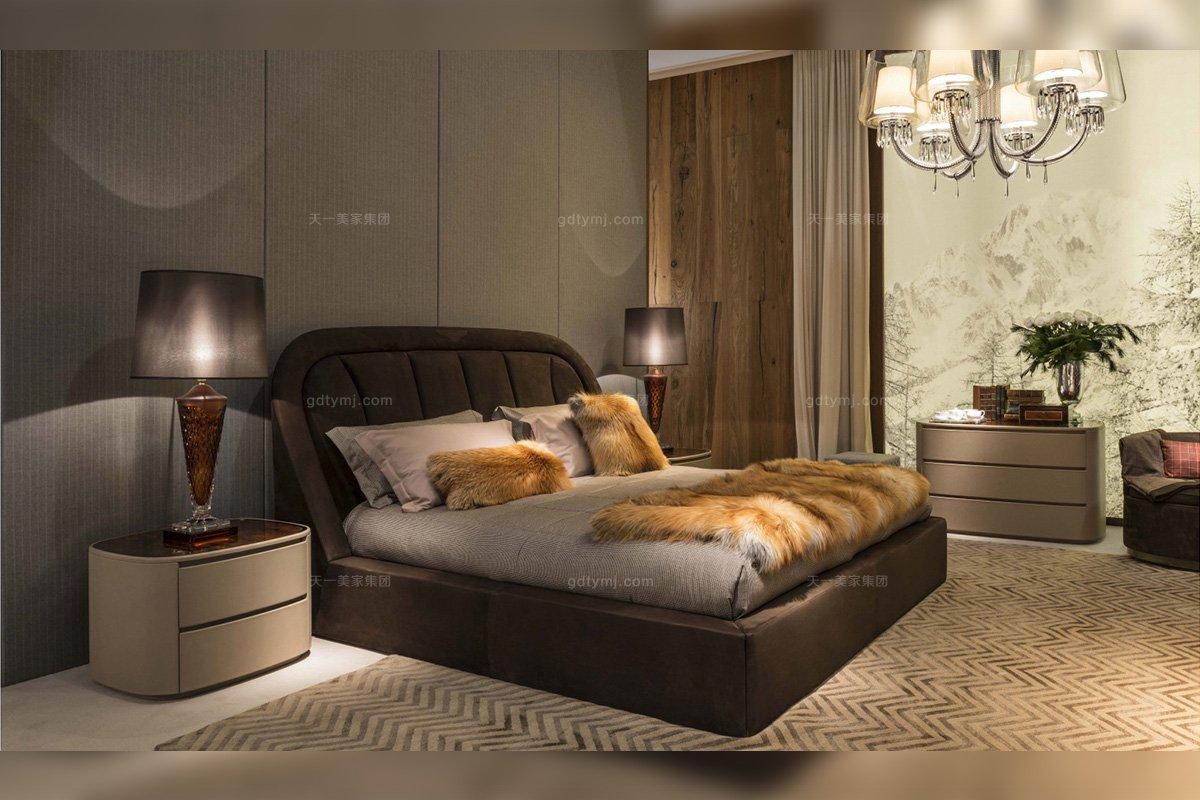 名贵奢华别墅牌蓝冠注册品牌卧室棕色真皮软包大床组合系列