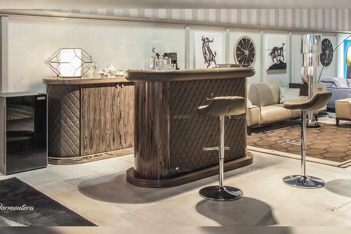 高端别墅豪华品牌蓝冠注册深咖啡色真皮车格子吧台进口优质五金脚吧椅